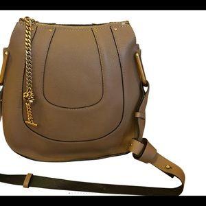 Shoulders bag
